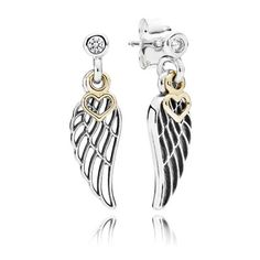 Matching one of PANDORA's most popular and meaningful charms, these filigree angel wing earrings with dangling 14k gold hearts are the perfect present to represent love and guidance. #PANDORA #PANDORAearrings