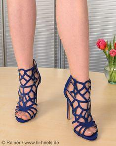 ©® @highheels_by_fusswolfgang > #HighHeels #FussSchuhe #luxuryshoes #ShoesOfTheDay #womanshoes #sexyheels #highheelshoes #shoeporn #shoelover #heels #heel #stilettos #heelsaddict #stiletto #shoeshopping #shoefie #highheel #instaheels #designershoes #shoesaddict #sexyshoes #instashoes #hellonheels #loveheels #shoestagram #shoeaholic #shoeaddiction #fashionshoes #iloveheels #shoeaddict -. -. -. -. -. -. -. -. -. -. -. -. - SHOP URL: http://www.hi-heels.de