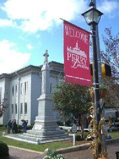 The town square - Perry, Georgia