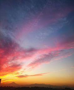 続夕陽 空真っ赤に焼けて  #空 #夕焼け #夕陽 #夕日 #雲 #風景 #ダレカニミセタイソラ #写真好きな人と繋がりたい #空好きな人とつながりたい #sun #sunshine #sunny #sunset #Instagram #japan #landscape #sky #skyporn #clouds #cloudporn #igers #igersjp #sky_captures #sky_sultans #sky_masters_family #ptk_sky #sky_collection #best_skyshots #jj_skylove  #super_photosunsets