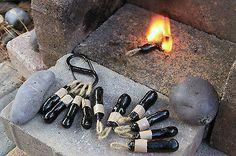 Bushcraft Outdoor Survival Gear self-igniting pine pitch FireStick fire starter