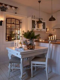 6 Admirable Cool Ideas: Tiny Kitchen Remodel Mobile Homes kitchen remodel tile open shelves.Small Kitchen Remodel With Laundry country kitchen remodel exposed beams. Cozy Kitchen, Country Kitchen, New Kitchen, Kitchen Decor, Scandinavian Kitchen, Kitchen Ideas, Rustic Kitchen, Kitchen Pass, 1970s Kitchen