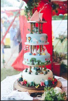 A Fancy Dress Glastonbury Festival Wedding cake Cake Festival, Festival Party, Festival Camping, Festival Themed Wedding, Wedding 2015, Wedding Ideas, Wedding Inspiration, Wedding Photos, Wedding Planning