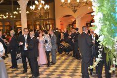 En el cocktail de Aitor y Laura Bridesmaid Dresses, Wedding Dresses, Fashion, Cocktails, Palaces, Dancing, Elegant, Girls, Pictures