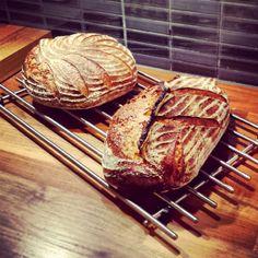 Sourdough Bread, Bread Baking, Nom Nom, Buffet, Bakery, Recipies, Pork, Beef, Homemade