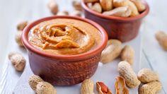 Orieškový krém Peanut Butter Benefits, Advanced Dementia, Healthy Options, Healthy Recipes, Trump, Diy Food, Ketchup, Food Inspiration, Health Benefits