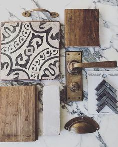 Still having such a G O O D time letting y'all takeover while I spend some time with family in Texas. This clean R U S T I C mix by has my patina-loving heart! The Design Files, Küchen Design, Home Design, Moodboard Interior, Home Reno, Cheap Home Decor, My Dream Home, Home Kitchens, Modern Farmhouse Kitchens