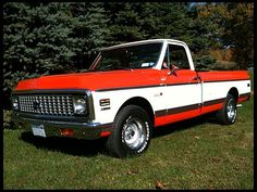 1971 Chevy C10. Damn, what a beautiful truck.