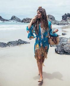 Beach life in #spellandthegypsy #kimono #beach #spellbyronbay