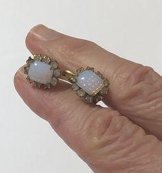 Old Jewelry, Vintage Jewelry, Photographing Jewelry, Opal Earrings, Screw Back Earrings, Or Antique, Statement Jewelry, Gemstone Rings, Gemstones