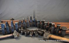 Great selection of hammers Blacksmith Workshop, Blacksmith Hammer, Hammer Tool, Blacksmith Shop, Forging Tools, Blacksmithing Knives, Metal Bending, Metal Fab, World Crafts