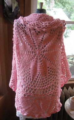 Ravelry: Pink Mix Circular Cardigan pattern by Heidi Walsh. Gosh, this is pretty.