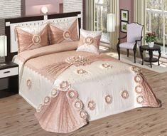 linge de maison turquie - Recherche Google Bed Cover Design, Bed Design, Bedroom Retreat, Bedroom Decor, Luxury Bedspreads, Satin Bedding, Dreams Beds, Bed Linen Sets, Master Bedroom Design