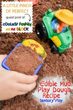 DIY Edible Mud Play Dough Recipe Sensory Play by Little Pinch of Perfect Guest Post at Rian (Coolest Family on the Block) Edible Sensory Play, Baby Sensory, Sensory Bins, Sensory Activities, Toddler Activities, Sensory Table, Toddler Games, Indoor Activities, Family Activities