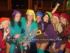 7 Dwarfs Group Costume wish i had 7 friends lmao how funny.