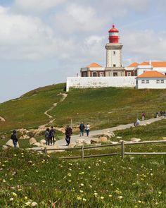 Cabo da roca Portugal Beauty in ocean #cliff #cabodaroca #portugal #lighthouse #ocean . . . . . . . #beauty #naturelover #travel #photography #visualsgang #artystycznapodroz #travelling #travelgram #traveler #path #canon #leicaworld #bbctravel #cnntravel #natgeotravelpic #natgeo #holidays #vacaciones #calm #relax