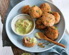 Heerlijk recept van Ellemieke Vermolen uit Happy Food! Dit recept voor zalmballetjes met avocadosaus kun je heel makkelijk maken en zijn ideaal voor bij de borrel of als tussendoortje. En dat maakt happy!