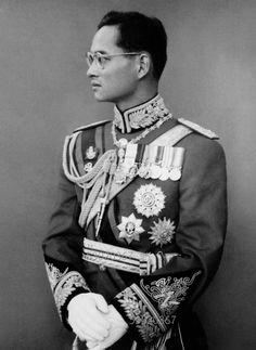 #KingBhumibol