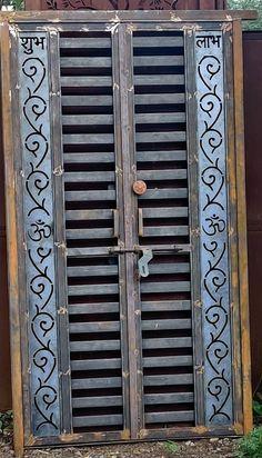 Gate Wall Design, Grill Gate Design, House Main Gates Design, Steel Gate Design, Front Gate Design, Main Door Design, Metal Gates, Wrought Iron Doors, Metal Fabrication Tools