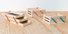 Vira e Mexe - Porta-papel de mesa triplo