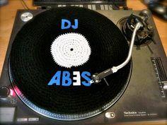 """Vinyle 33 Tour """"DJ ABES"""" en laine.  Tous droits réservés - Miss Veneno  http://legraffitivuparmamie.blogspot.fr/"""