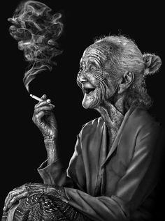 Old balinese smoker by Nicko Darwis