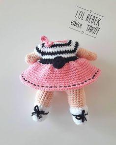 No photo description available. Crochet Doll Pattern, Crochet Patterns Amigurumi, Amigurumi Doll, Crochet Dolls, Crochet Hats, Knit Shoes, Lol Dolls, Sweater Design, Fabric Dolls