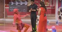If you guys missed last night's Comedy Nights with Kapil, then we need to tell you that you have missed one epic hell of a celebration on TV! <div><br></div><div>Kapil had invited the team of Dilwale and the icing on the cake was definitely Sunil Grover's EPIC performance on Gerua. </div><div><br></div><div>What say guys? You have to watch it in case you missed it. </div><div><br></div> itimes.com