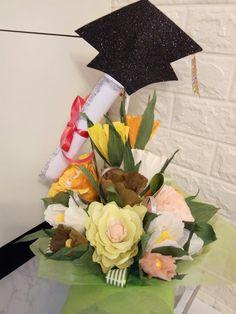 Paper Flowers, Table Decorations, Home Decor, Floral Arrangements, Centerpieces, Mesas, Creativity, Decoration Home, Room Decor