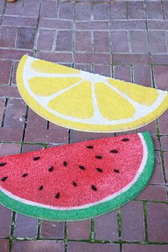 DIY Fruit Welcome Mats!