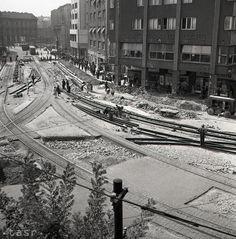 Rok 1951: Prestavba Stalinovho námestia v Bratislave Bratislava, Railroad Tracks, Drawing, Sketches, Drawings, Draw, Train Tracks