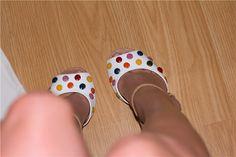 красивая обувь и ноги.
