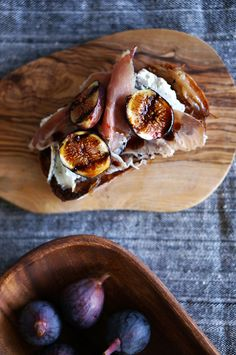 Grilled Fig Tartines.P.s...why to fry fresh delicious fruit....????...:/