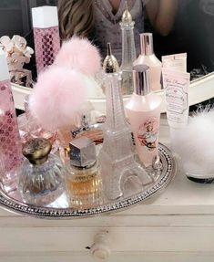 Rich Girl Bedroom, Fancy Bedroom, Glam Bedroom, Bedroom Vintage, Bedroom Decor, Bedroom Ideas, Comfy Bedroom, Trendy Bedroom, Bedroom Inspo