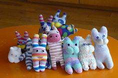つくも保育園 子育て支援センター 体験保育「靴下人形作り」 - 山形市社会福祉協議会