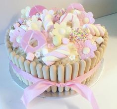 kuchen ideas and kitchen photos Sweetie Birthday Cake, Sweetie Cake, 3rd Birthday Cakes, Chocolate Finger Cake, Funny Cake, Candy Cakes, Birthday Cake Decorating, Just Cakes, Yummy Cupcakes