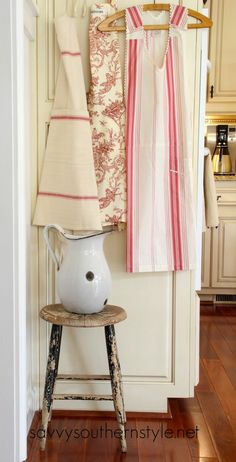 Savvy Southern Style: Adding Farmhouse Style in the Kitchen