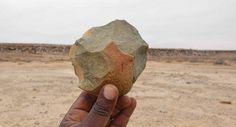 Namibe- Três estações arqueológicas de indústria lítica que comportam instrumentos de pedra da idade pré-histórica foram descobertas recentemente na província do Namibe, no quadro das acções de investigação e localização de bens e sítios com valores histórico-cultural.