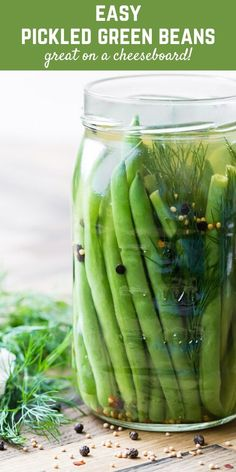 Quick Refrigerator Pickles, Green Beens, Pickled Vegetables Recipe, Pickled Green Beans, Dilly Beans, Green Bean Recipes, Canning Recipes, Canning Tips, No Calorie Snacks