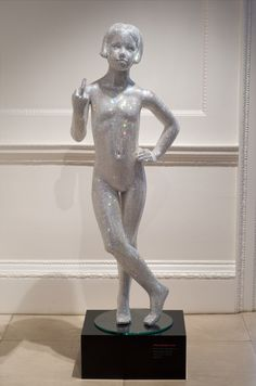 Mauro Perucchetti ~ Look In Art