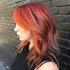 I've picked out the best orange hair colors created by some of the world's greatest hair colorists. Brown Hair Orange Highlights, Hair Color Highlights, Bright Hair Colors, Colourful Hair, Burnt Hair, Dipped Hair, Dip Dye Hair, Red To Blonde, Turquoise Hair