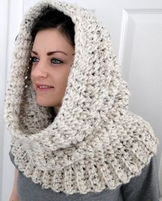 "Hooded Neck Warmer Cowl Scarf for Women ""Winters Comfort"" Hooded Cowl. This looks very warm and comfy Gilet Crochet, Crochet Scarves, Crochet Shawl, Crochet Hooks, Knit Crochet, Hooded Cowl, Cowl Scarf, Loom Knitting, Free Knitting"