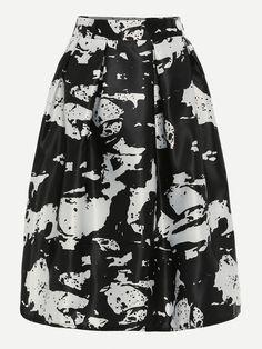 Black White Abstract Print Box Pleated Midi Skirt.
