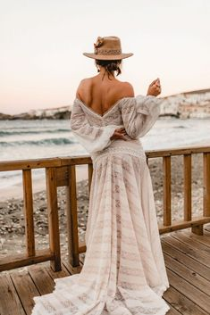 Destination Wedding? How To Avoid Running Into Any Issues Getting Married Abroad, Boho Chic, Bohemian, Boho Bride, Free Spirit, Destination Wedding, Running, Couples, Ideas