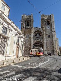 Lisbon Cathedral (Sé de Lisboa) is an austere Romanesque building with some interesting treasures inside.