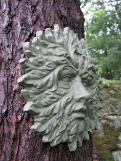 - Handmade item - Materials: cement, sand, stone, concrete, green stain, sealer - Available for order in quantities of only 1 - Ships Only to US Leaves surround the face of this green man. A wonderful