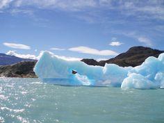 Floating iceberg - Chili
