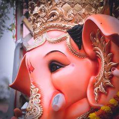 Shri Ganesh Images, Ganesha Pictures, Krishna Flute, Krishna Art, Akshay Kumar Photoshoot, Ganesh Bhagwan, Baby Ganesha, Ganesh Lord, Cartoon Wallpaper Iphone