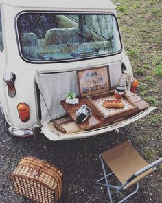 Coffee Food Truck, Mini Morris, Mini Camper, Morris Minor, Smart Car, Mini S, Classic Mini, Interior Ideas, Motorcycles