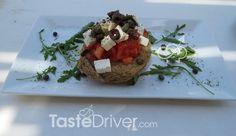 Ολόδροσος Ντάκος #traditional #greekrecipe #greekcuisine #crete #tastedriver Baked Potato, Potatoes, Baking, Ethnic Recipes, Food, Potato, Bakken, Meals, Backen